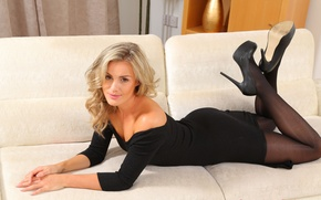 Picture girl, sofa, dress, black, Amy Green