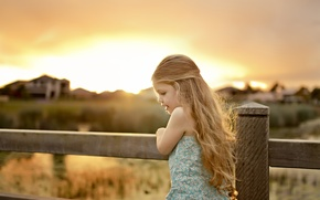 Picture nature, children, house, background, movement, widescreen, Wallpaper, mood, the fence, child, plants, the fence, girl, ...