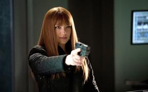 Picture gun, actress, red, Face, Olivia Dunham, Anna Torv, Anna Torv, Fringe, Olivia Data