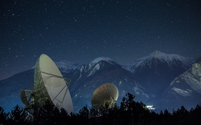 Picture mountains, night, satellite antenna, Didier Dumoulin photography