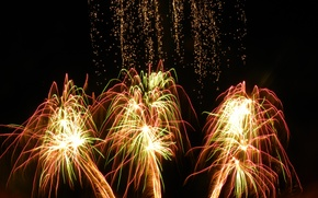 Picture salute, sparks, fireworks