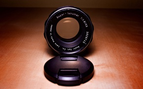 Picture glass, wood, lens, Super Takumar