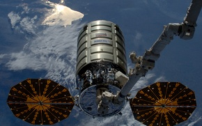 Picture space, OA-6, Cygnus CRS, cargo ship