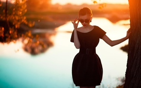 Picture sunset, figure, dress, glasses, Oksana Mansurova