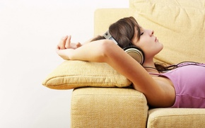 Picture music, Sofa, headphones
