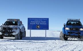 Picture Toyota, hilux, arctic trucks, south pole, South pole