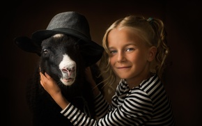 Picture hat, girl, sheep