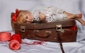 Picture texture, girl, suitcase, thread