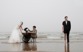 Picture shore, the bride, the groom, tailor