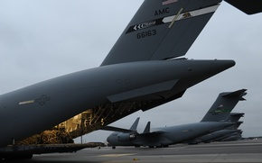 Picture C-17 Globemaster III, military transport, the airfield, aircraft