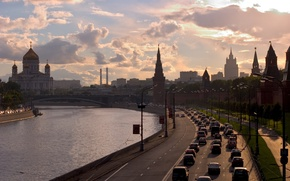 Picture road, the sky, clouds, sunset, river, building, the evening, The city, lights, Moscow, the Kremlin, ...