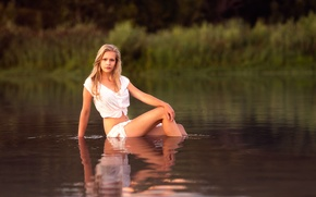 Picture girl, legs, in the water, Yvonne, Studio Hors-champ