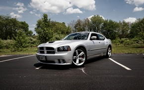 Picture design, tuning, silver, supercar, front grille with black honeycomb, functional hood, Dodge Charger SRT8, cult ...