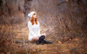 Picture legs, the beauty, redhead, cap, Melis