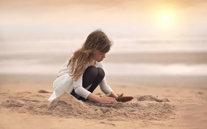 Picture sand, beach, girl, creativity