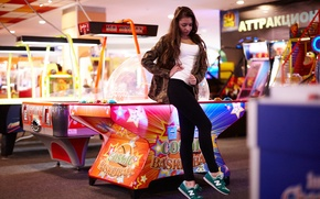 Picture girl, face, hair, legs, sneakers, slot machines, Darina, tabletop basketball