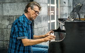 Picture music, street, Street Piano