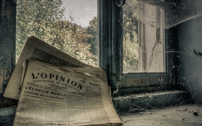 Picture window, newspaper, Old news