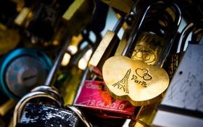 Picture castle, hearts, Eiffel tower, locks