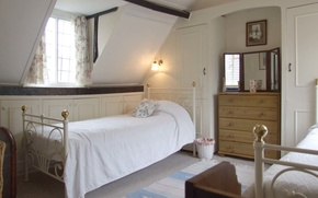 Picture interior, bedroom, attic