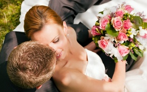Picture smile, roses, bouquet, pair, the bride, wedding, the groom