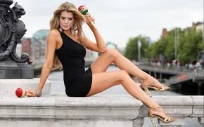 Picture bridge, pose, Girl, legs, Elle Liberachi