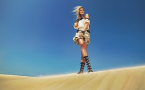 Picture sand, style, the wind, model, sandals, Andreia Schultz