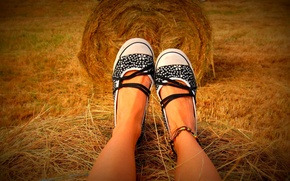Picture girl, mood, feet, view, the barn
