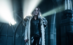 Picture cinema, Kate Beckinsale, girl, sword, Underworld, woman, man, movie, vampire, brunette, film, warrior, Selene, Underworld: ...