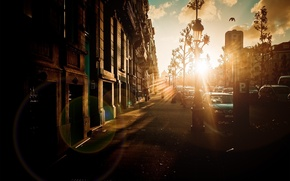 Picture machine, the city, people, street, the sidewalk, the glow of the sun