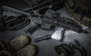 Picture accessories, assault rifle, flashlight, footwear