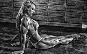 Picture blonde, bikini, bodybuilder, Susanna Tirpak
