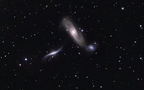 Picture space, nebula, NGC 5569, NGC 5566, NGC 5560