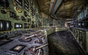 Picture abandoned, decay, Control Room