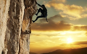 Picture the sky, the sun, climber