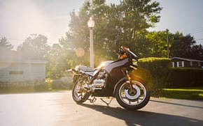 Picture the sky, grass, the sun, clouds, street, shadow, BMW, motorcycle, lamppost, K75