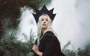 Wallpaper forest, eyes, girl, hair, smoke, lips, black dress, the bushes, black crown