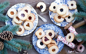 Picture winter, branches, food, spruce, cookies, plates, tree, bumps, dessert, cakes, holidays, jam, Anna Verdina