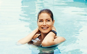 Picture look, water, girl, smile, model, pool, Doutzen Kroes, blonde, Doutzen Croesus, Cruz