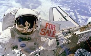 Picture Earth, Astronaut, Sells