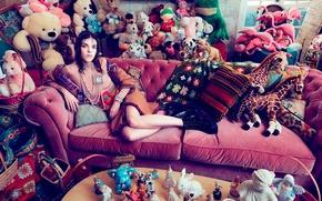 Picture room, sofa, toys, Numero, Meghan Collison
