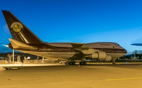 Picture Boeing, the plane, passenger, 747SP