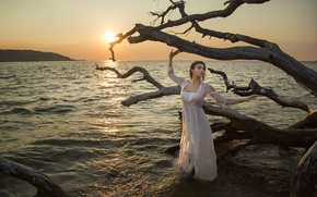 Picture the situation, snag, sunset, sea, dress, girl
