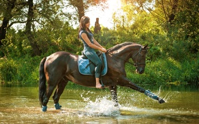 Picture grass, water, girl, the sun, trees, squirt, nature, horse, horse, jeans, Mike, rider, brunette, grace, ...