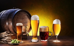Picture foam, glass, beer, plate, mug, glasses, ears, dark, light, barrel