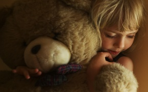Picture girl, hands, child, soft toy, face, blonde hair, hugs, bear