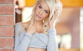 Picture eyes, tattoo, blonde, lips, model, Taylor Seinturier