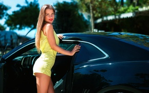 Picture auto, girl, shorts, SMILE, LEGS, Joan Le Jan