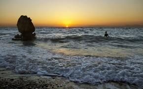 Picture sea, landscape, sunset, people
