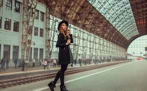 Picture girl, station, train, the platform